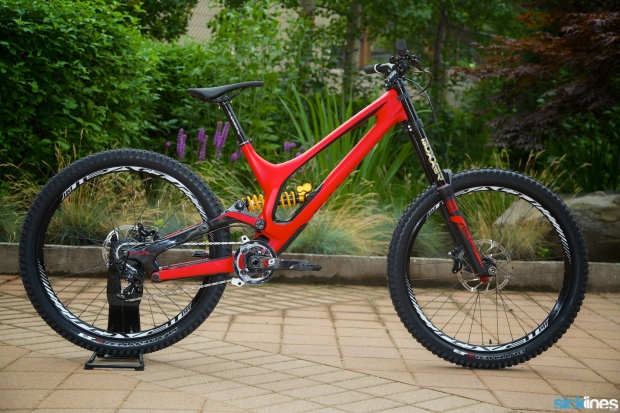 2015 Specialized Demo 8 S-Works Carbon 650B, 10,000 $